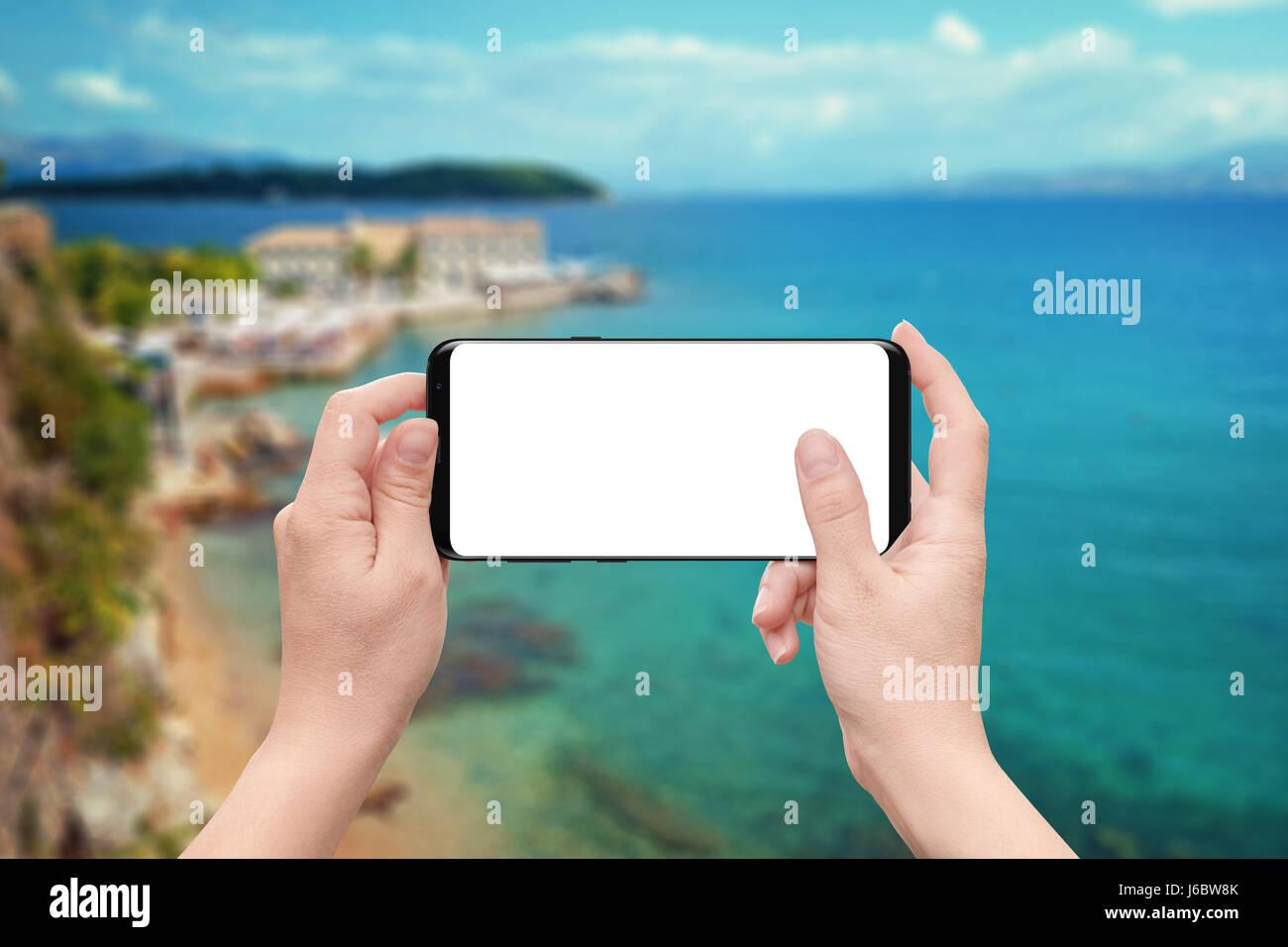 Donna Gioco O Utilizzare App Sul Telefono Cellulare Con Isolati