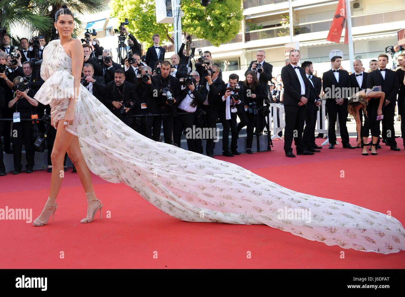 """Settantesimo Cannes Film Festival 2017, tappeto rosso film '120 battiti al minuto (120 Battements Par minuto)"""" Immagini Stock"""