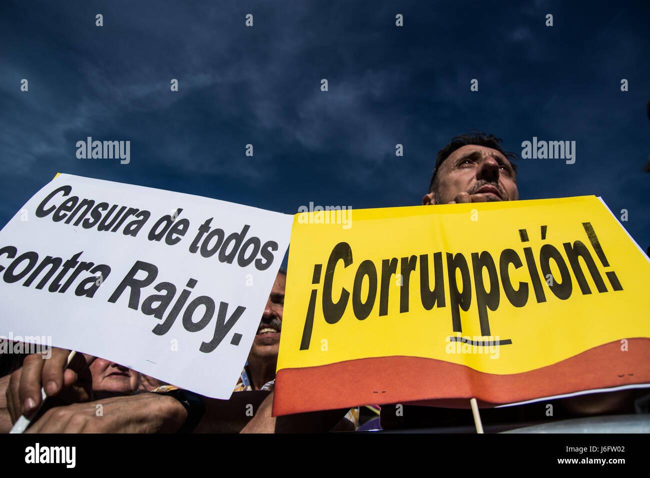 Madrid, Spagna. Il 20 maggio 2017. Persone che protestano contro il Partito popolare la corruzione, supportando Immagini Stock