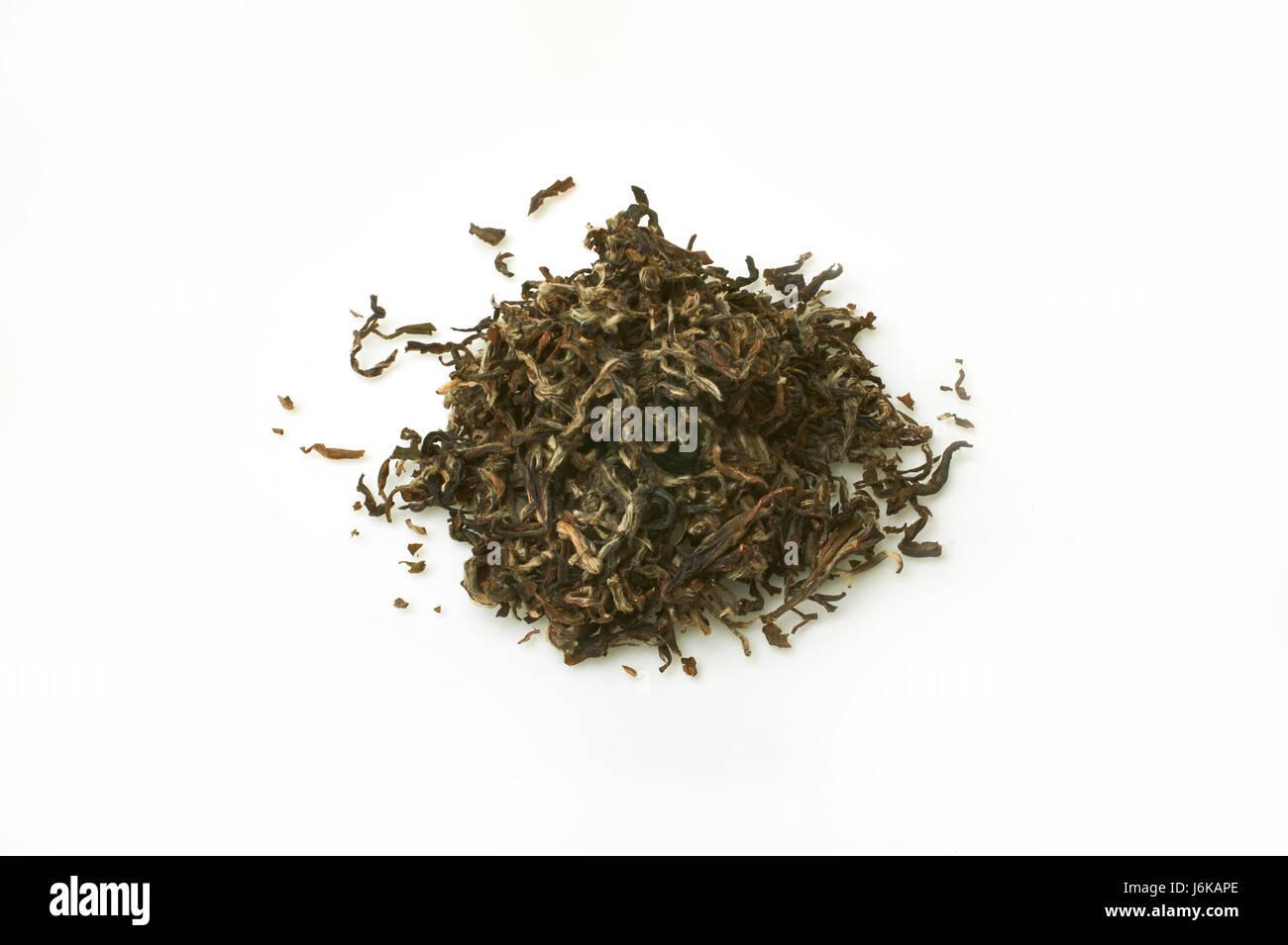 Darjeeling tè a foglia su sfondo bianco (non tagliati) Immagini Stock