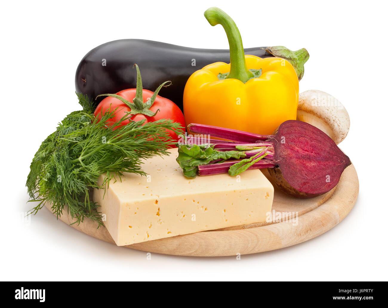 Verdure miste formaggi tagliere isolato Immagini Stock
