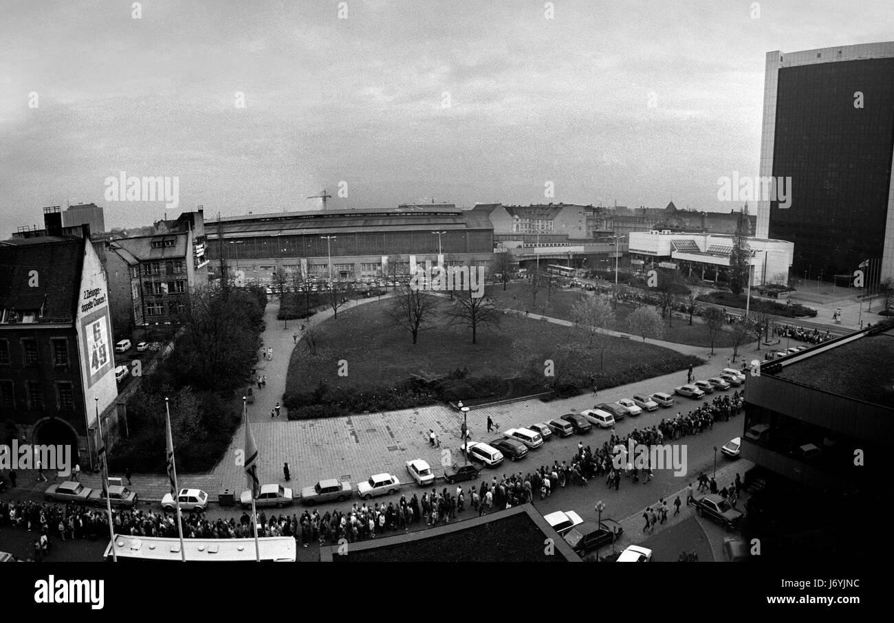 Berlino, Germania fotografato su i giorni che portano fino alla caduta del muro di Berlino compresa la notte della Immagini Stock