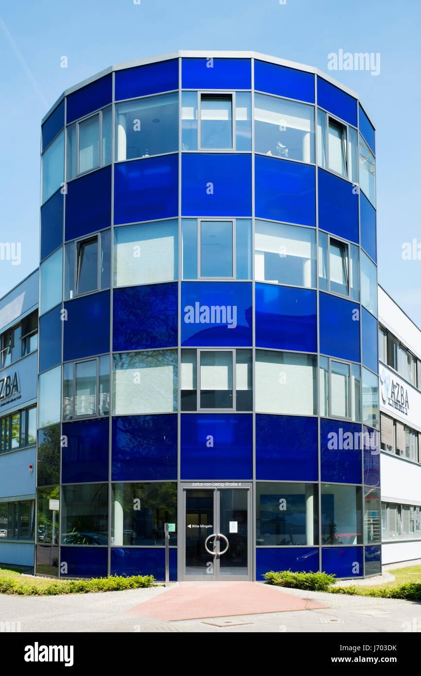 Edificio Azba ad Adlershof della scienza e della tecnologia Park Il Park a Berlino, Germania Immagini Stock