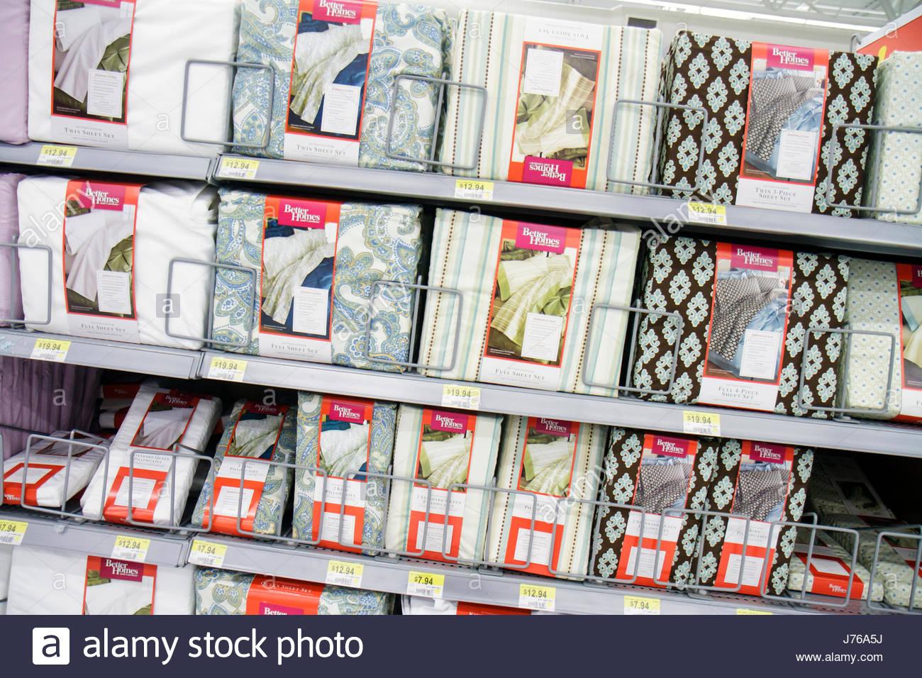 Miami Florida Walmart lenzuola di imballaggio per la vendita shopping Immagini Stock