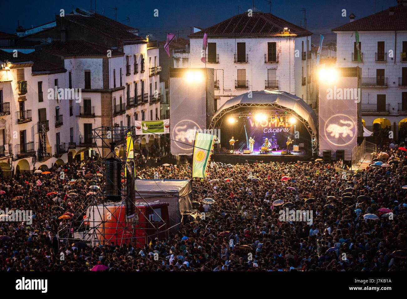 Vistas de la Plaza Mayor de Cáceres duranti los conciertos celebrados este Sábado con motivo de la vigésimo Immagini Stock
