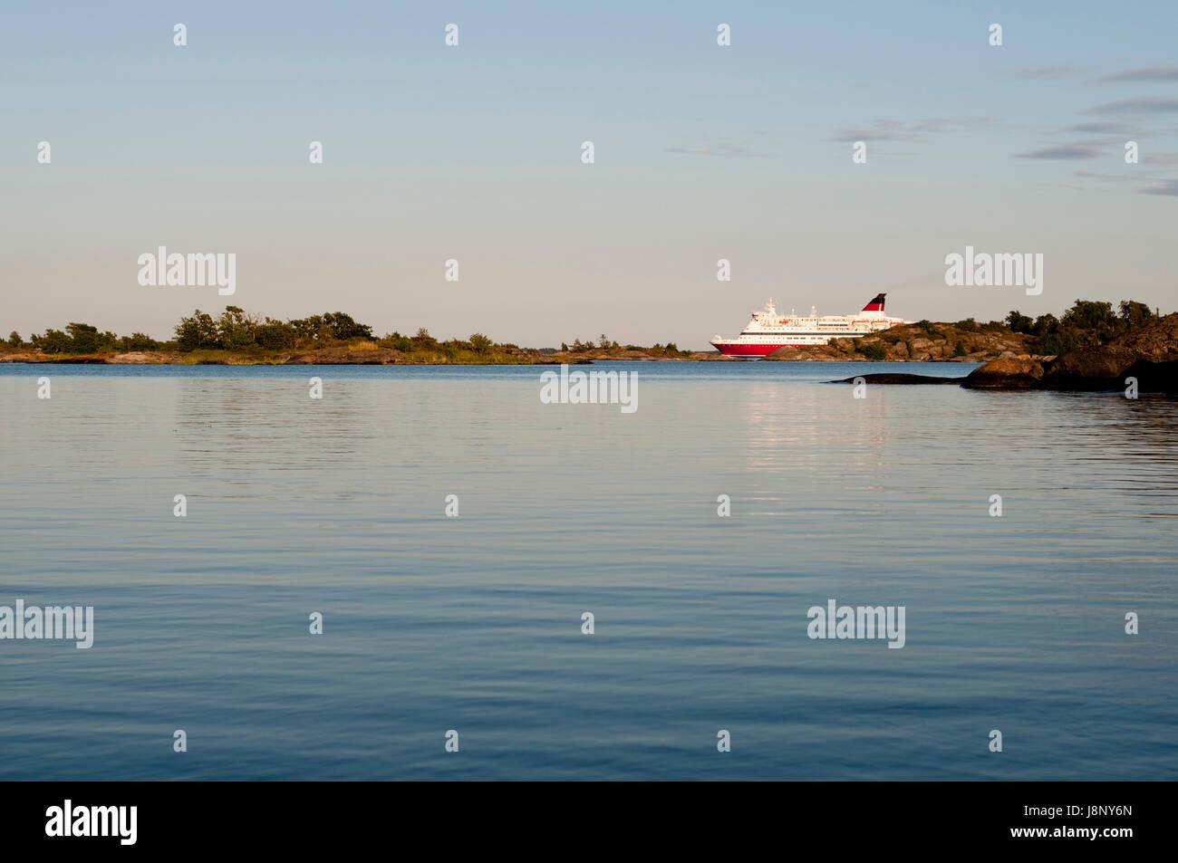 Nave traghetto al tramonto Foto Stock