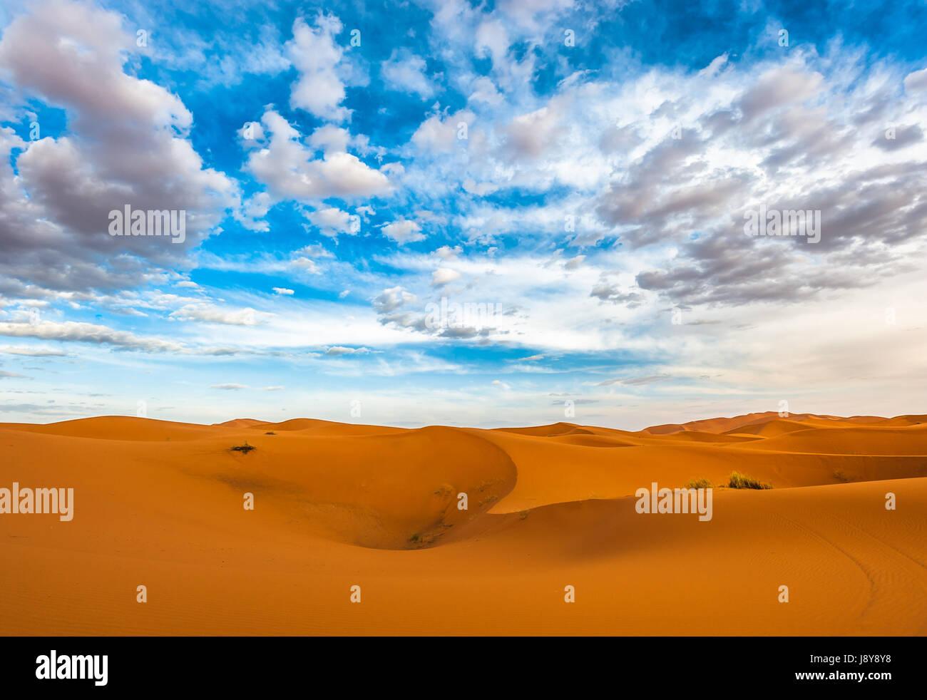 Le dune di sabbia di Erg Chebbi, Marocco Immagini Stock