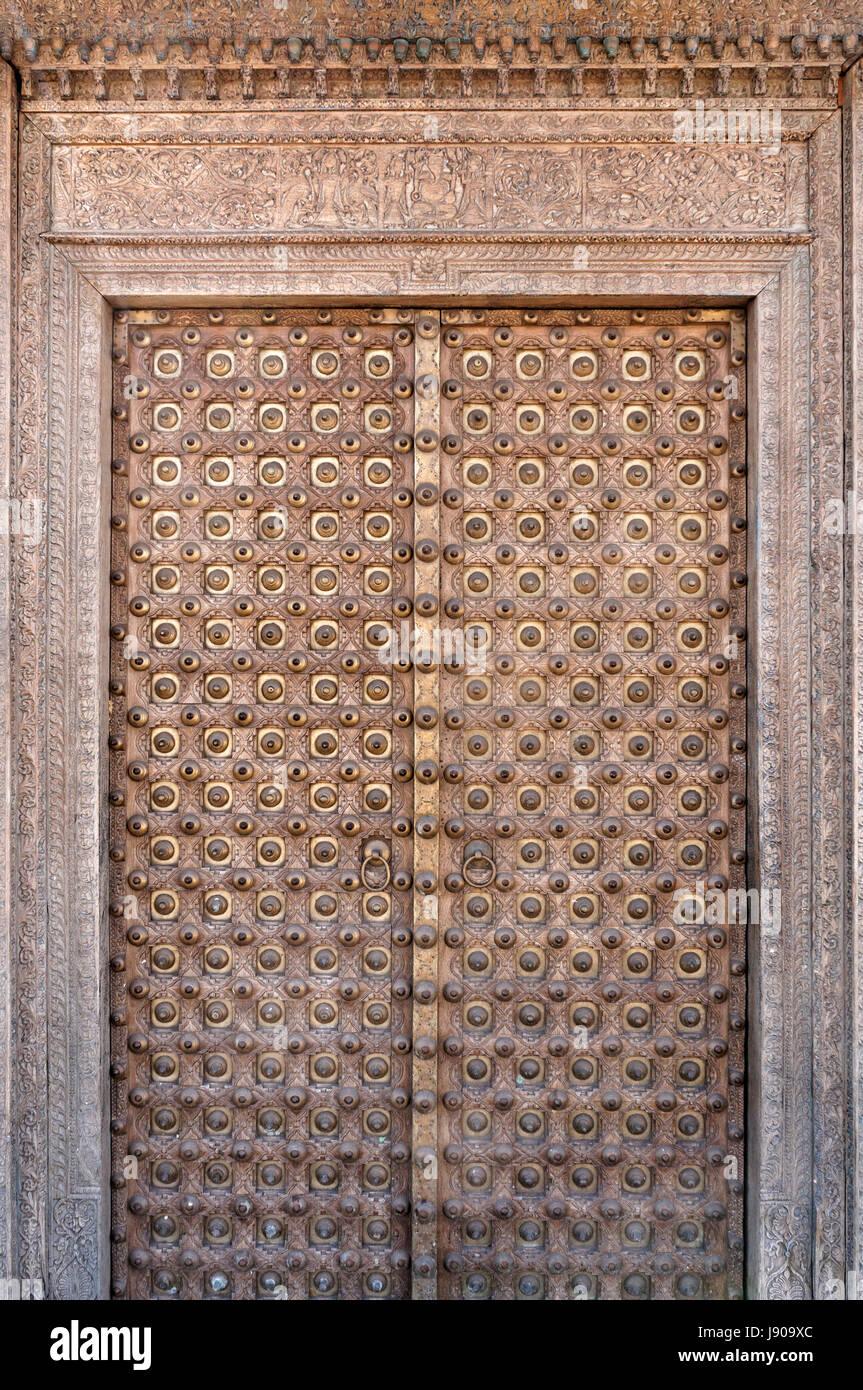 Ornati di Rajasthani antichi haveli porta dal Rajasthan, India Immagini Stock