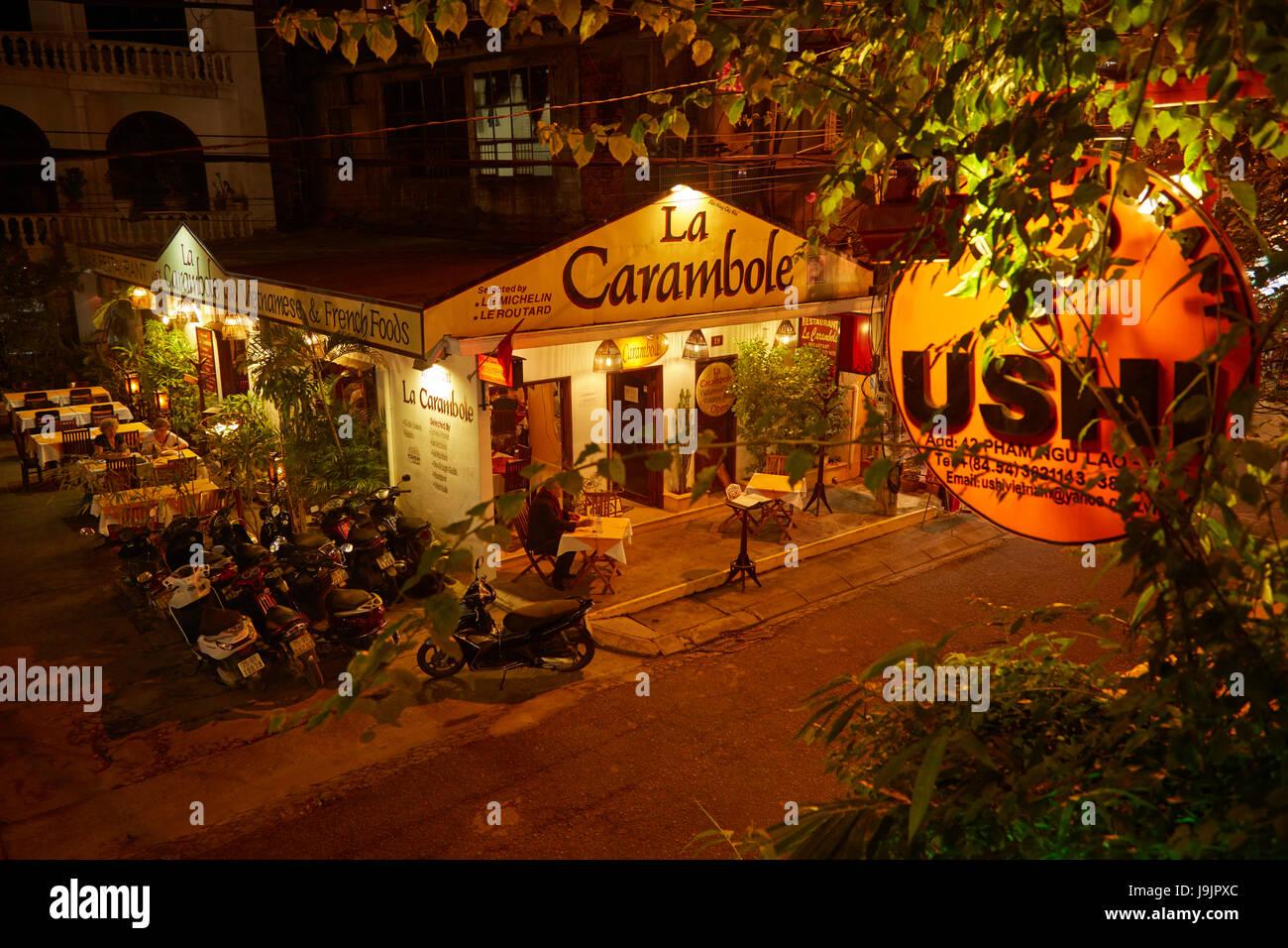 La Internazionale Ristorante, Tonalità North Central Coast, Vietnam Immagini Stock