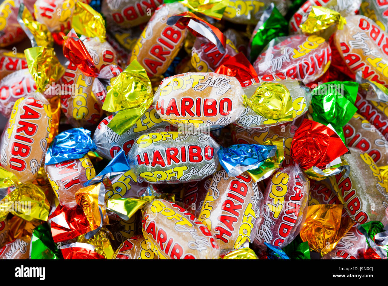 Tambov, Federazione Russa - Aprile 20, 2013 mucchio di Haribo soft jelly candy. Full frame. Studio shot. Foto Stock