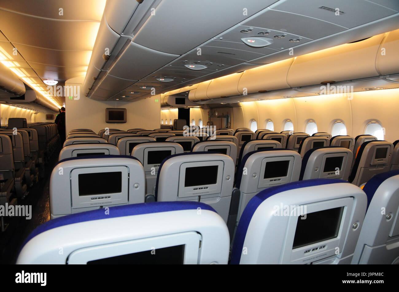 In aereo allinterno sedi camicia daria sedi luoghi sit a piedi