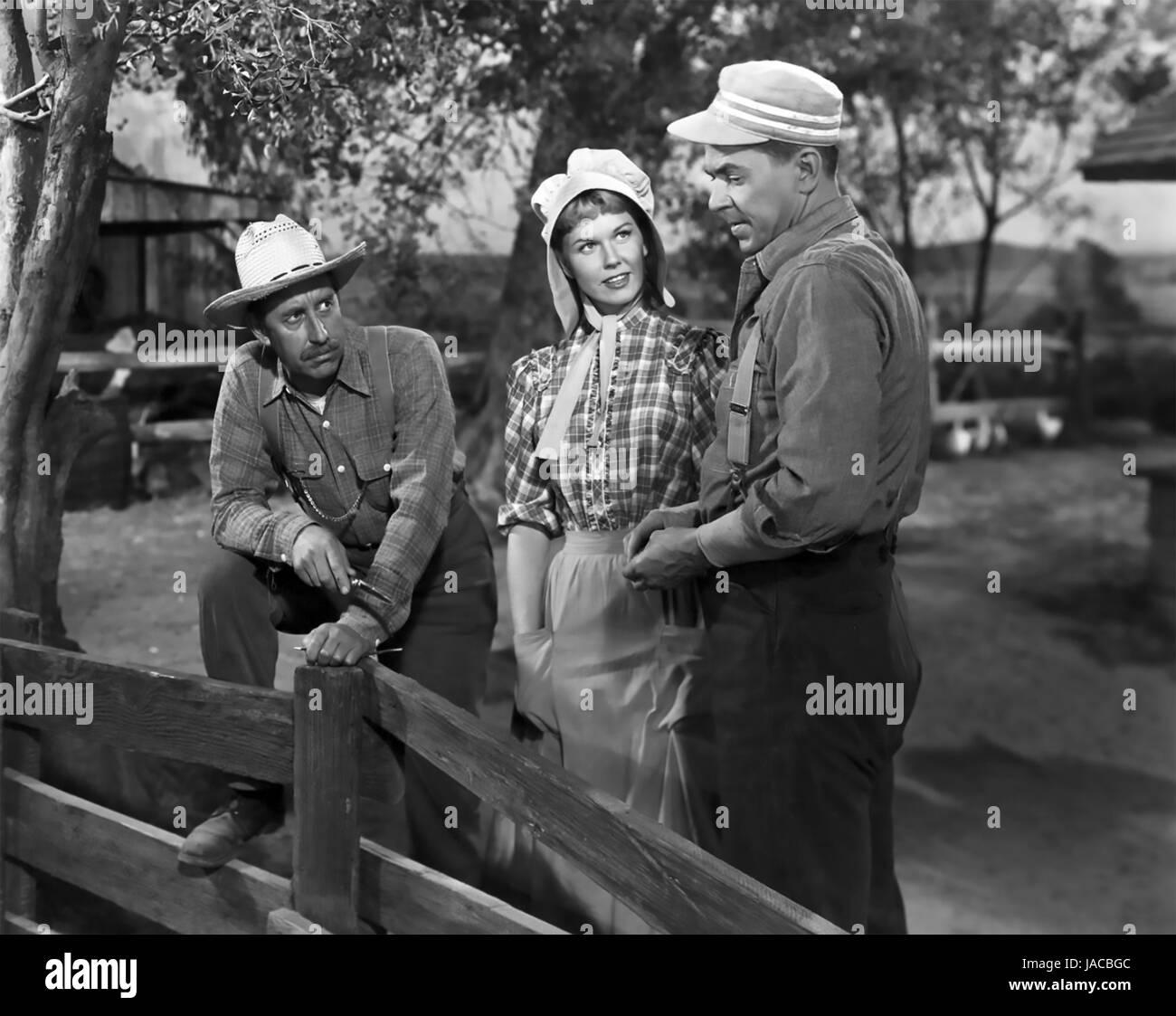Il team vincitore 1952 Warner Bros film con Ronald Reagan a destra come eroe di baseball Grover Alexander con Doris Immagini Stock