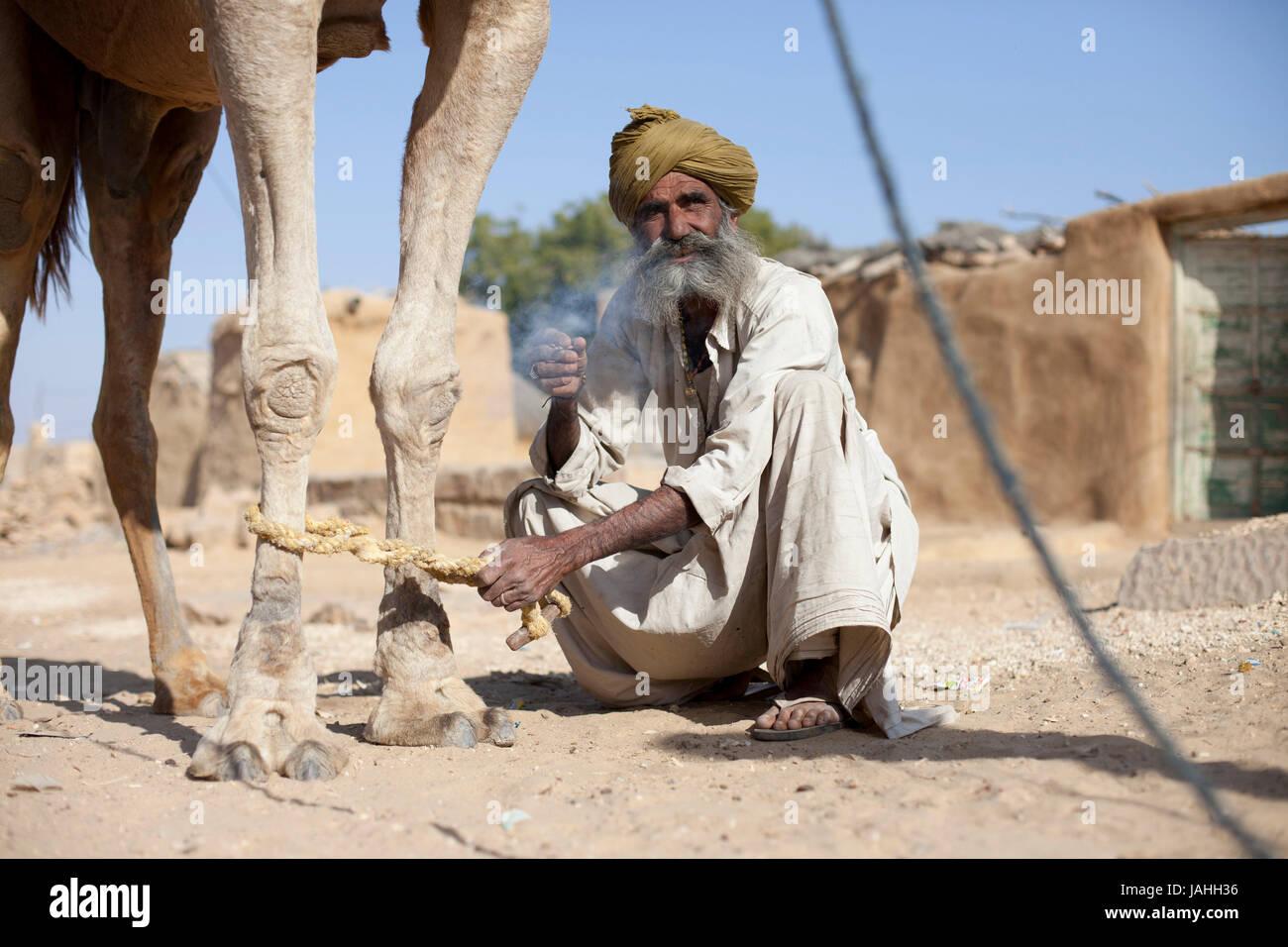 La vita nei villaggi nel deserto di Thar, Rajasthan, India Immagini Stock