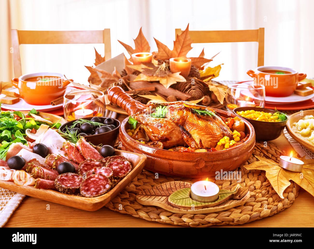 Decorazioni Autunnali Per La Casa : Festosa giornata del ringraziamento a cena celebrazione vacanza a