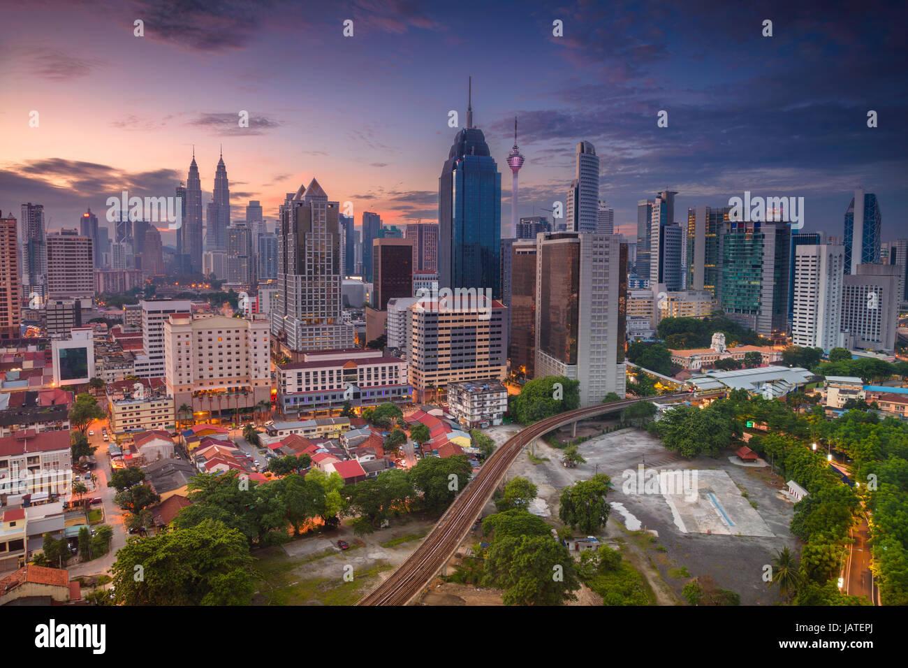 Kuala Lumpur. Immagine di paesaggio cittadino di Kuala Lumpur in Malesia durante il sunrise. Immagini Stock