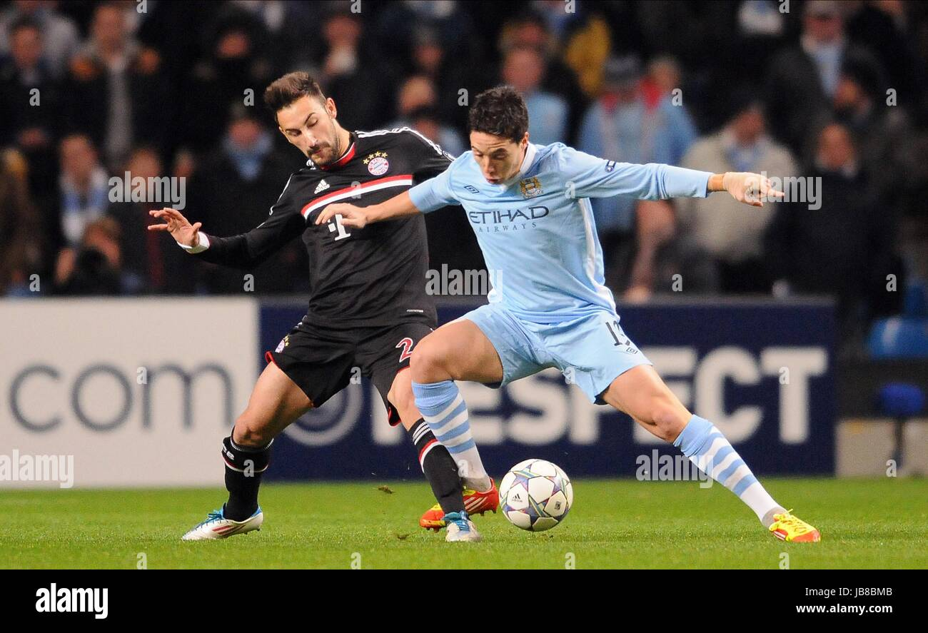 DIEGO CONTENTO & Samir NASRI Manchester City V BAYERN MUNIC Etihad Stadium Manchester Inghilterra 07 Dicembre Immagini Stock