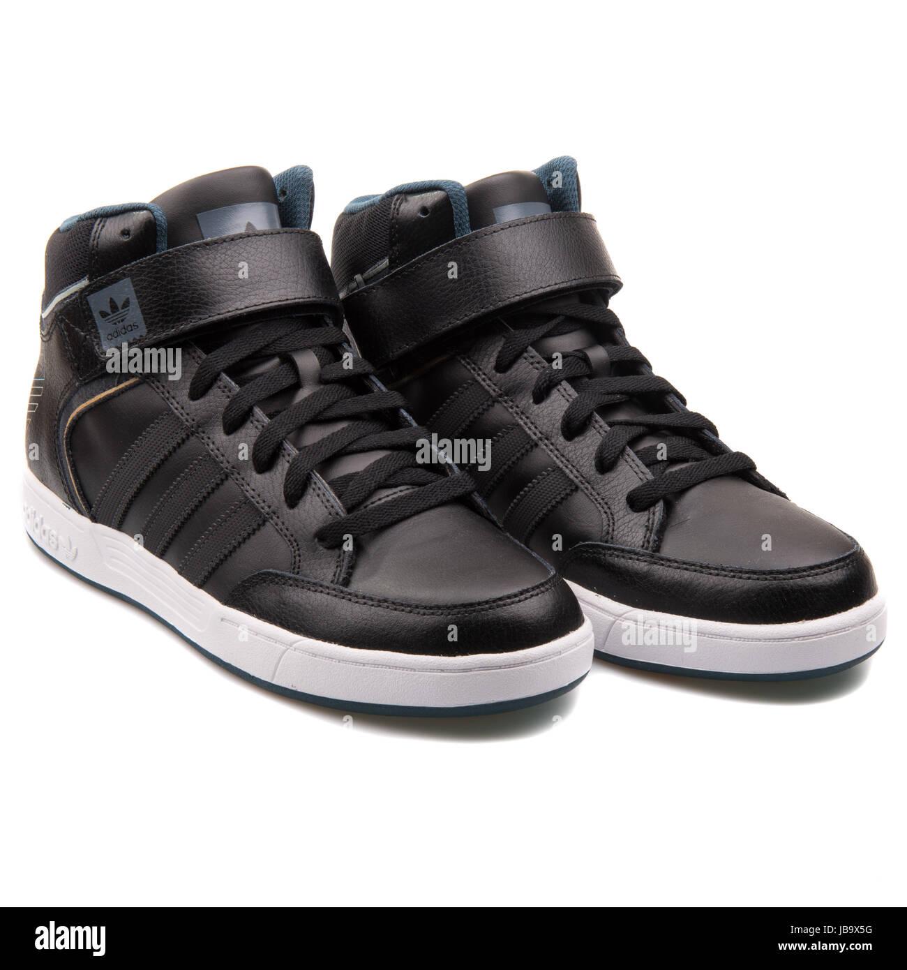 Adidas Varial mid in pelle nero Uomo Scarpe da basket - D68664