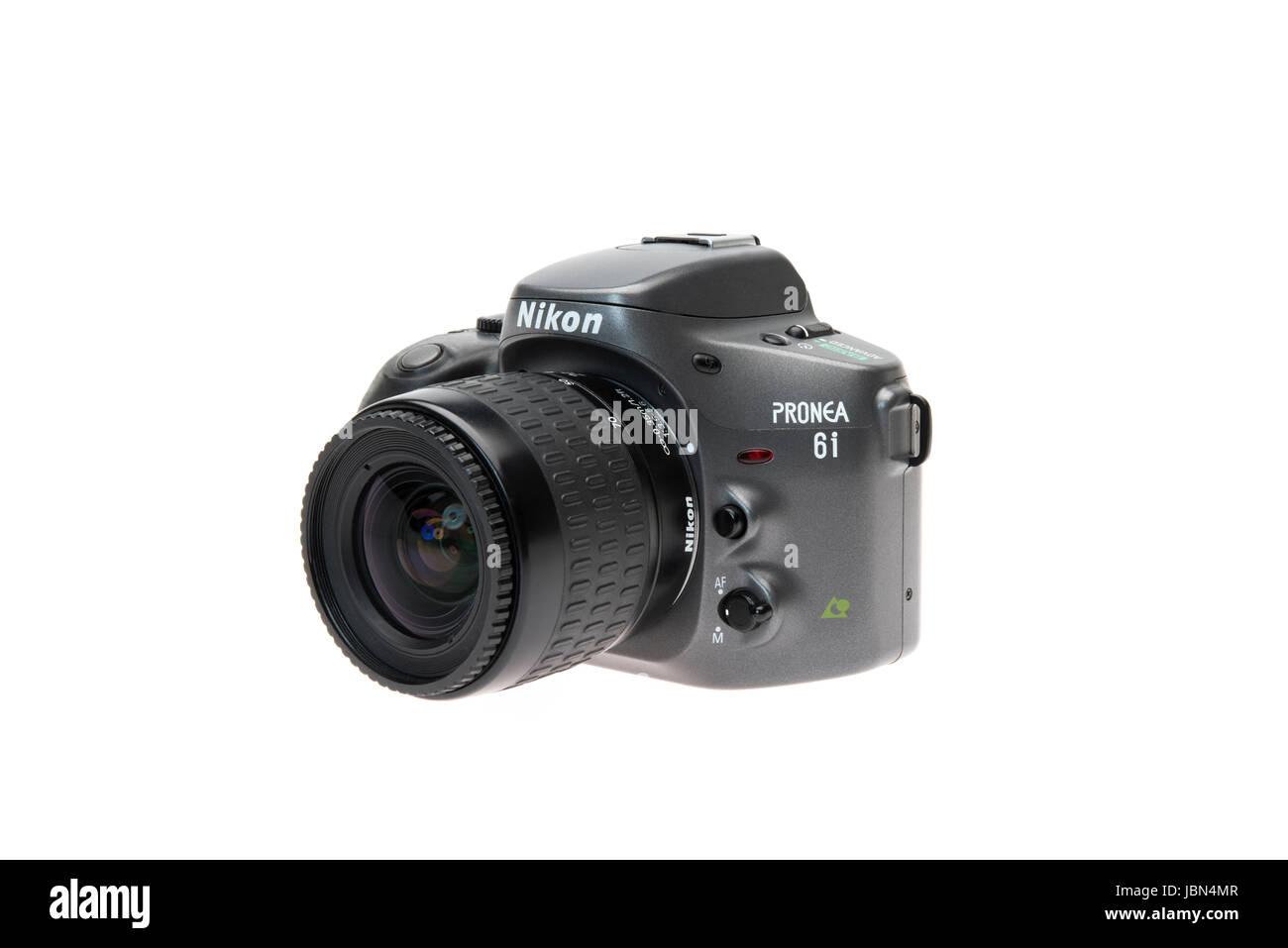 Nikon PRONEA 6i (600i) con IX-Nikkor lente pellicola APS SLR Fotocamera rilasciato 1996 Immagini Stock