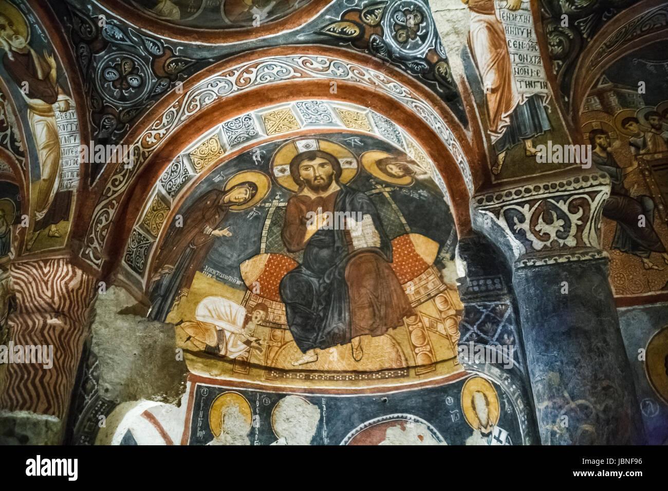 Colorato di affreschi a soffitto religiosi di dipinti murali in interni dei primi cristiani - Dipinti murali per interni ...