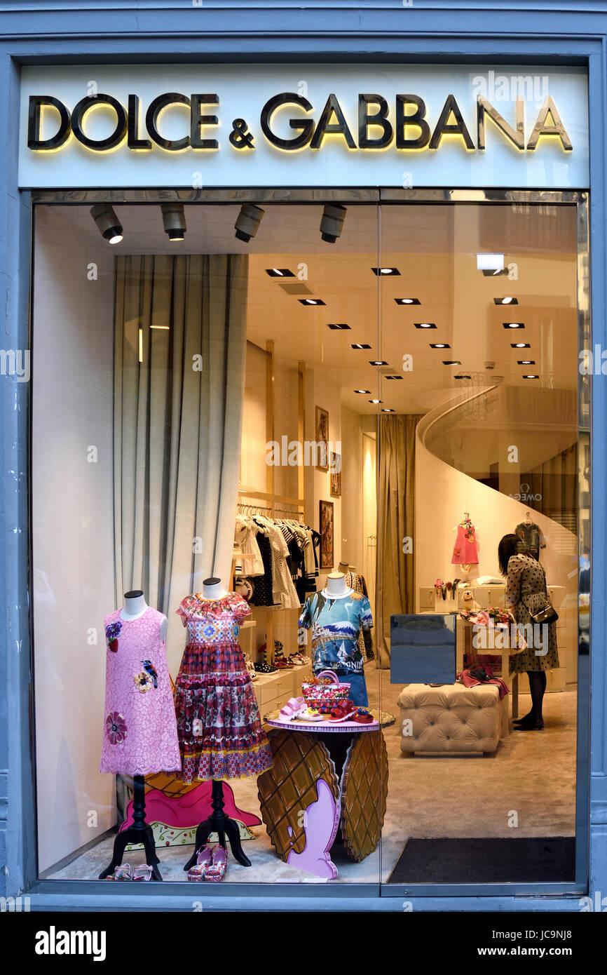 Dolce e Gabbana Firenze Italia Italiano Foto   Immagine Stock ... 26aea89dd1a