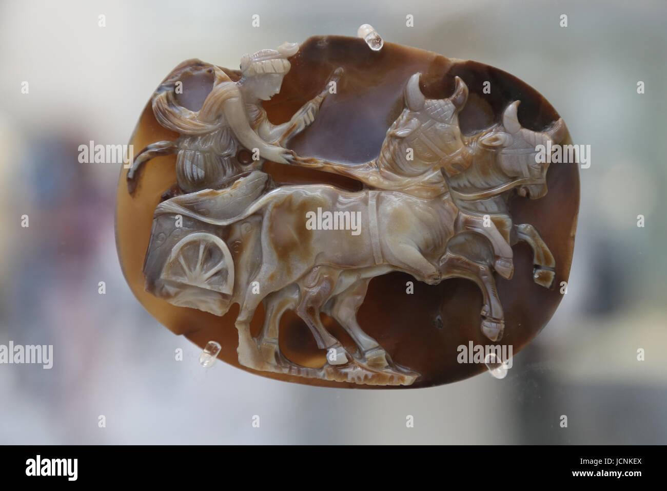 Sardonyx cameo. Forse l'Imperatrice Giulia Domna come dea Luna o la Dea Siria. 193-219 d.c. British Museum. Immagini Stock