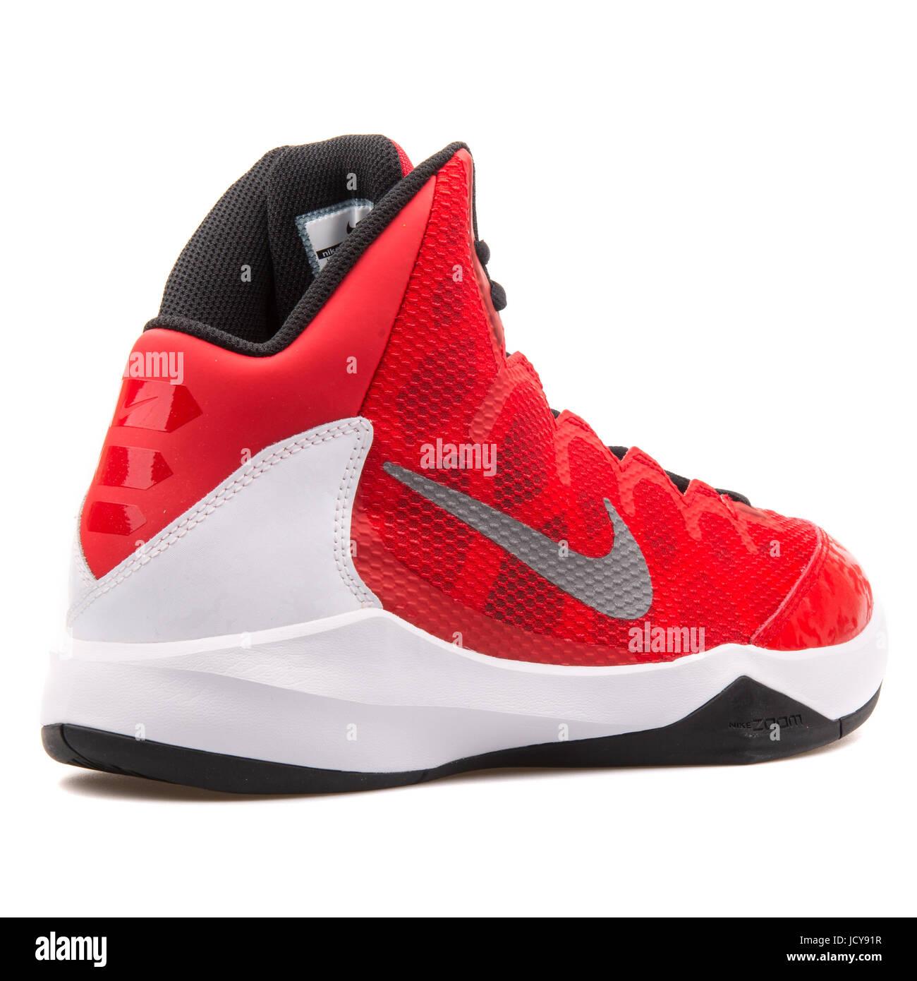 new styles fb982 829c2 Nike Zoom senza dubbio rosso, bianco e nero uomini scarpe da basket -  749432-