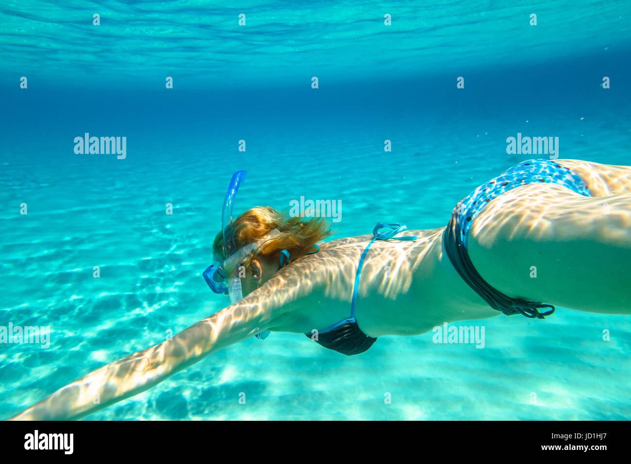 Apnea femminile bikini Immagini Stock