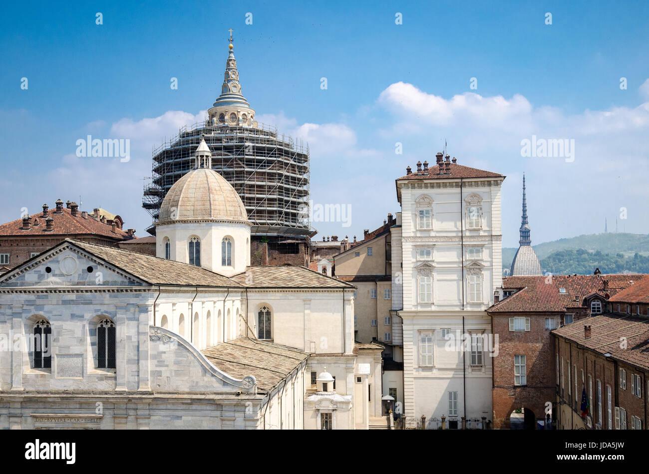Duomo di Torino e la Mole Antonelliana Foto Stock