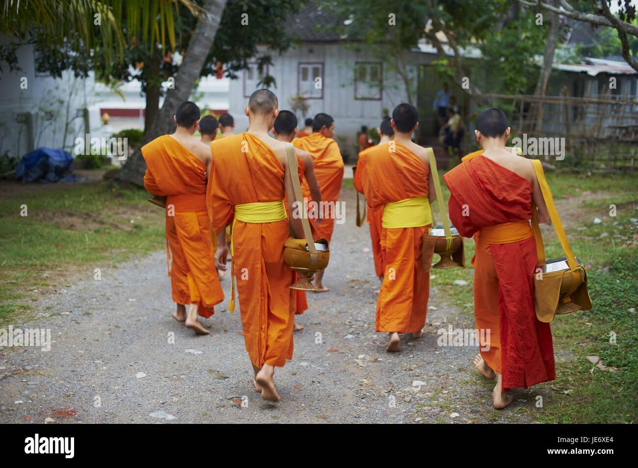 Laos, provincia di Luang Prabang, città di Luang Prabang, patrimonio mondiale dell'UNESCO, i monaci buddisti Immagini Stock
