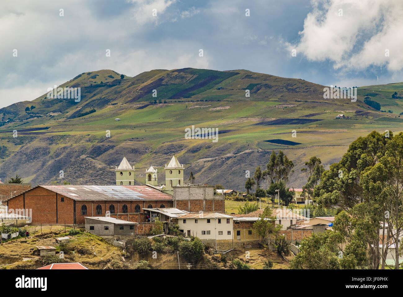 Cittadina andina scena di paesaggio Azuay Ecuador Immagini Stock