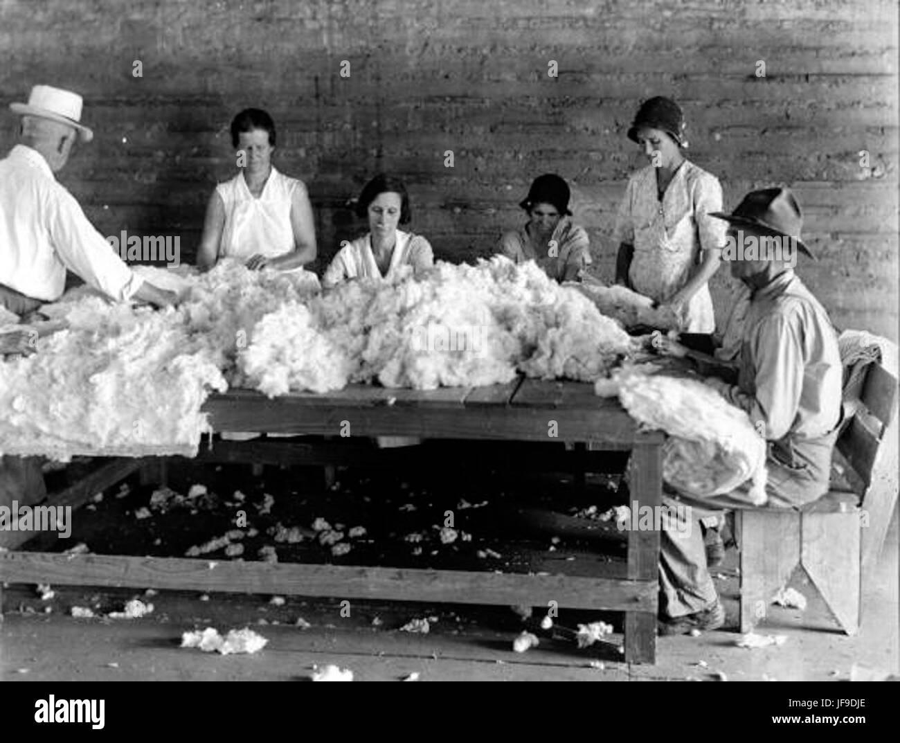 FERA lavoratori sul materasso factory - Gainesville 32507519235 o Immagini Stock