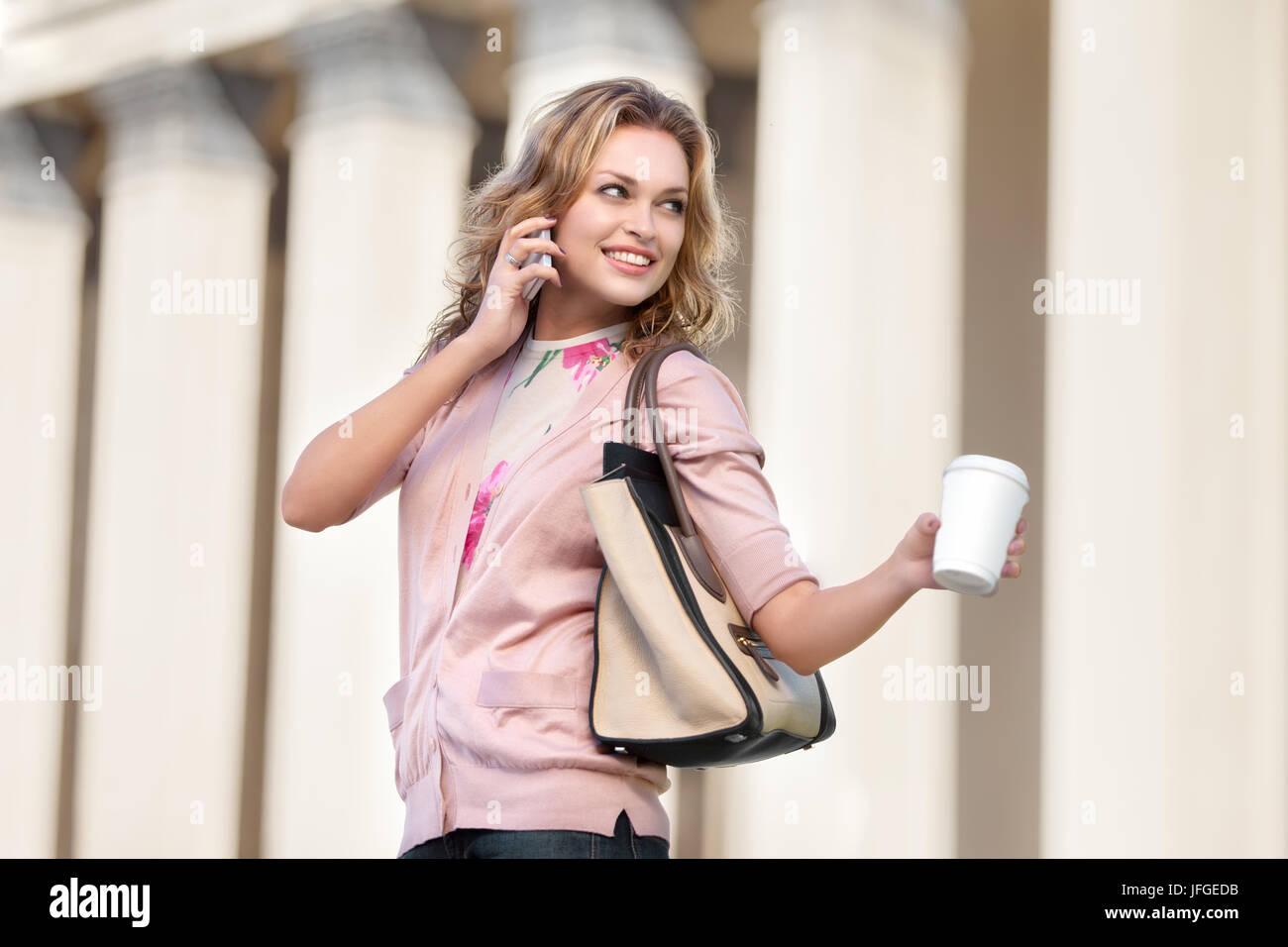 Flirt di caffè. Immagini Stock