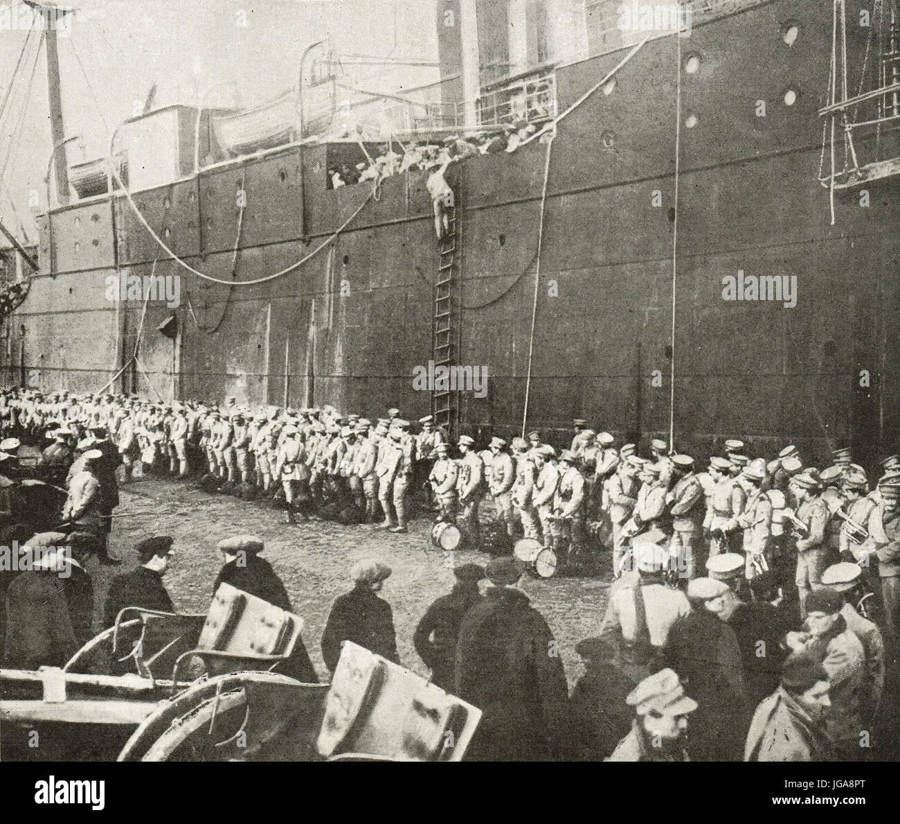 Prima le truppe del Portogallo che arrivano in Francia, 1917 Immagini Stock