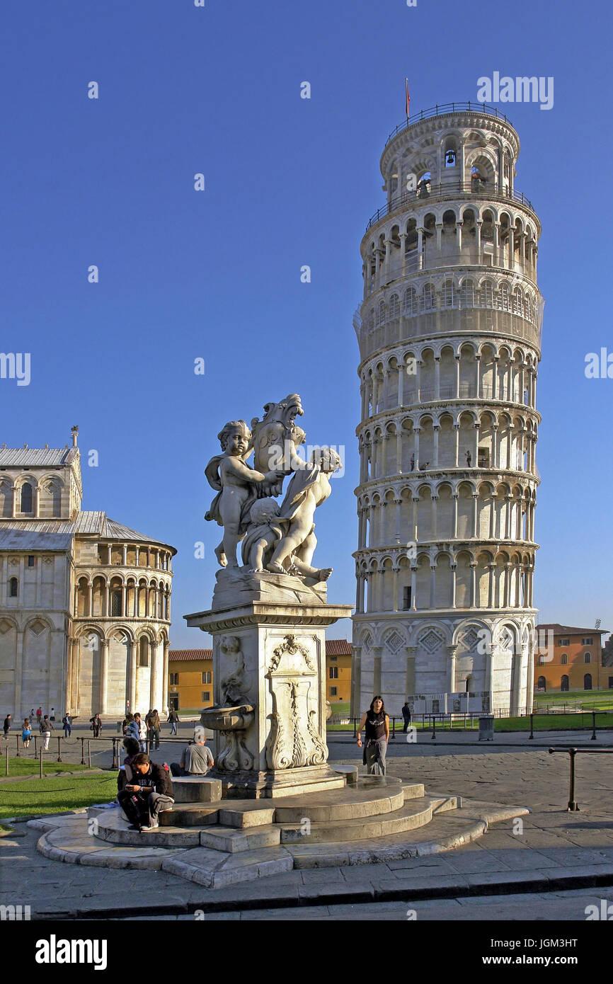 L'Europa, Italia, Toscana, Toscana, Pisa, Torre storta, torre sghemba, edificio, architettura, luogo di interesse Immagini Stock