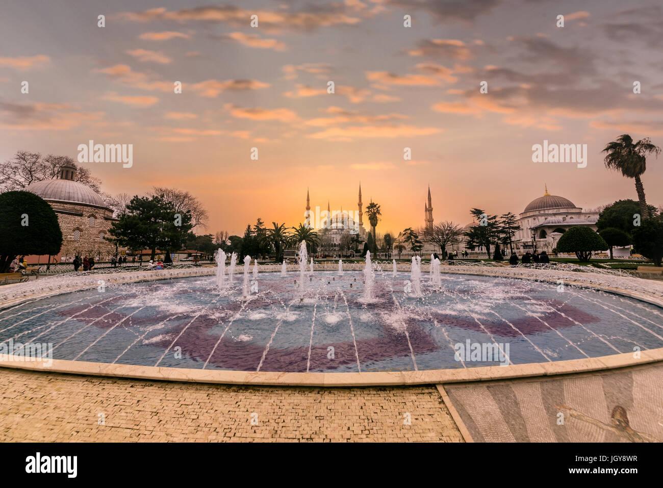Vista di Hagia Sophia,un greco cristiano ortodosso patriarcale basilica (chiesa),costruito nel 537 D.C. in seguito Foto Stock