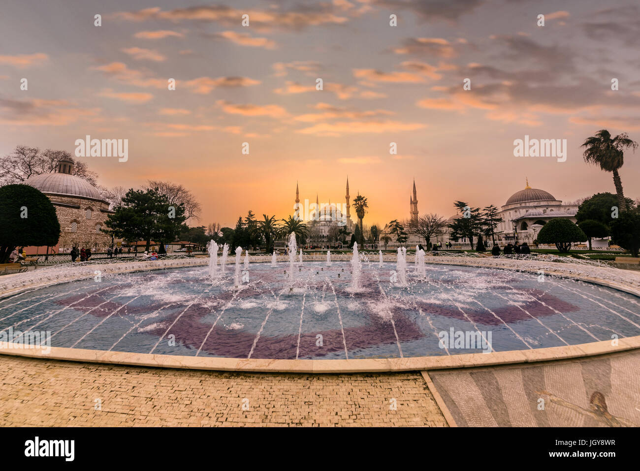Vista di Hagia Sophia,un greco cristiano ortodosso patriarcale basilica (chiesa),costruito nel 537 D.C. in seguito Immagini Stock