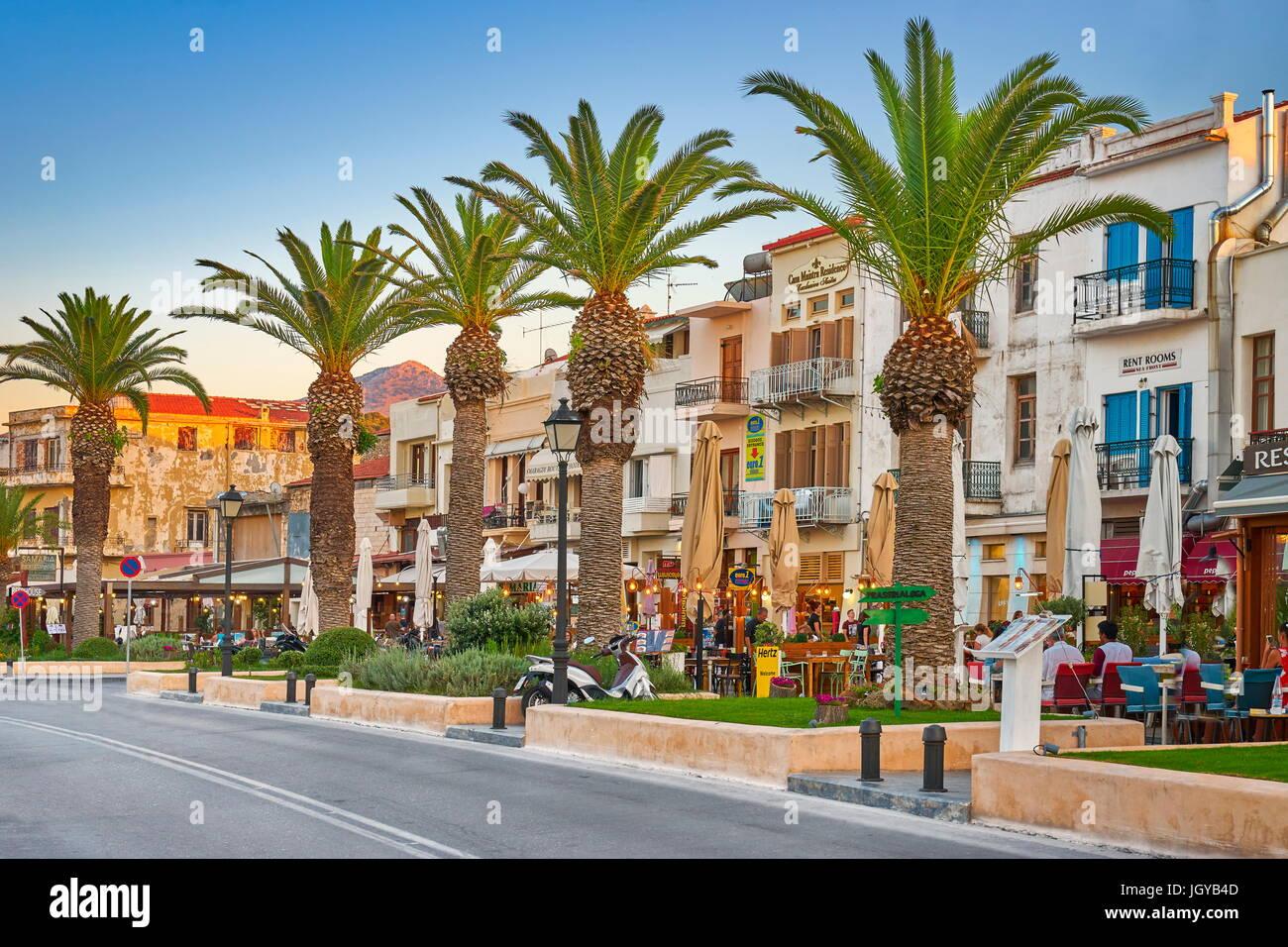 Città vecchia promenade, Rethimno, Creta, Grecia Foto Stock