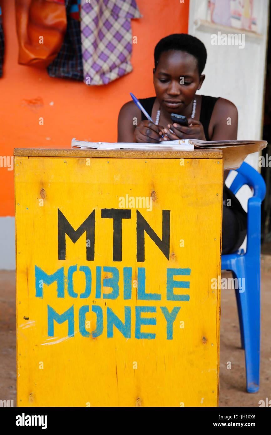 Mobile Money booth. Uganda. Immagini Stock