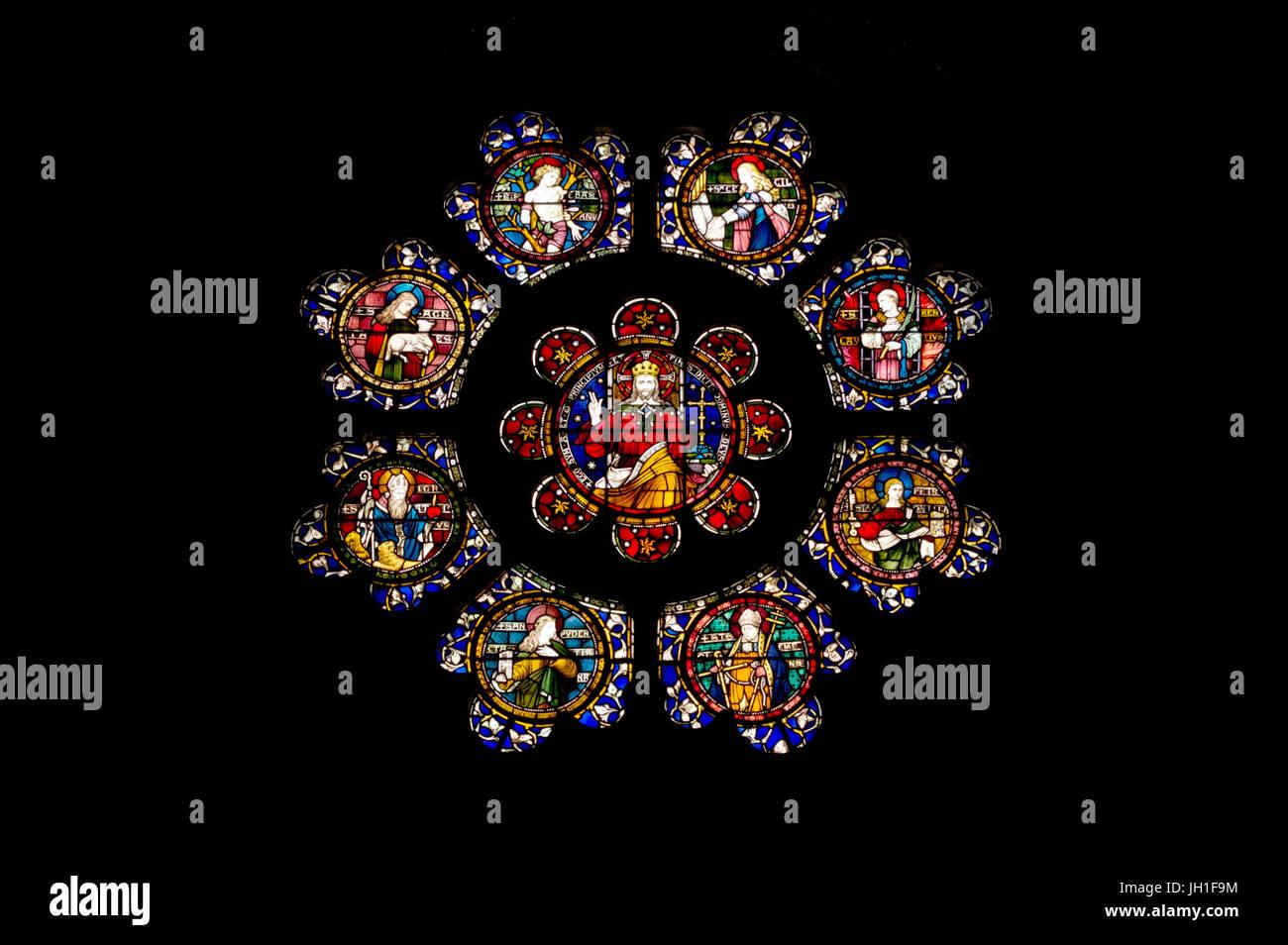 Cristo Re circondato da otto martiri romani (di Clayton e campana) - Le finestre di vetro macchiate di San Paolo Immagini Stock