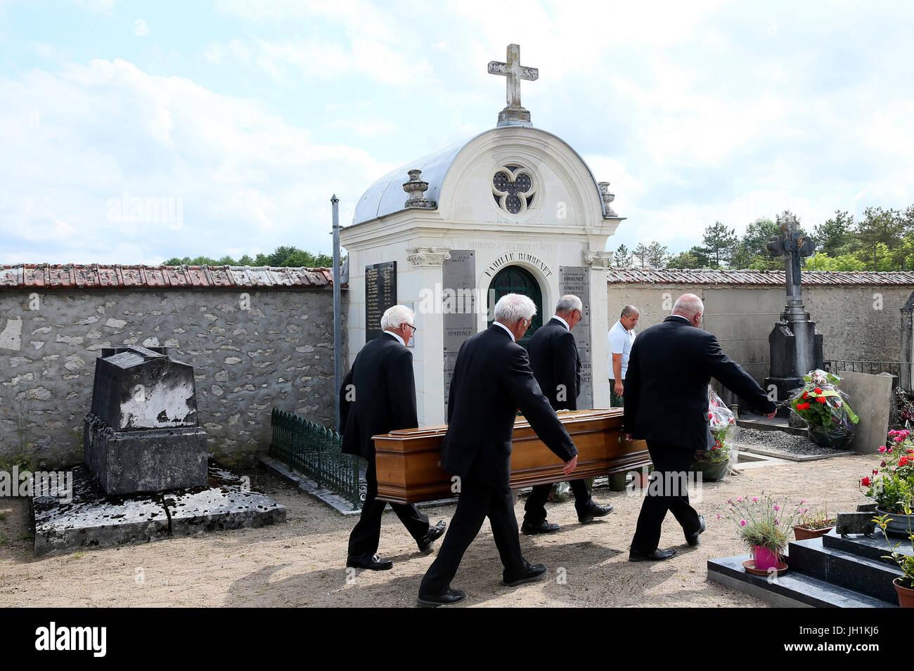 Il cimitero. Funerale. Bara vettori. La Francia. Immagini Stock