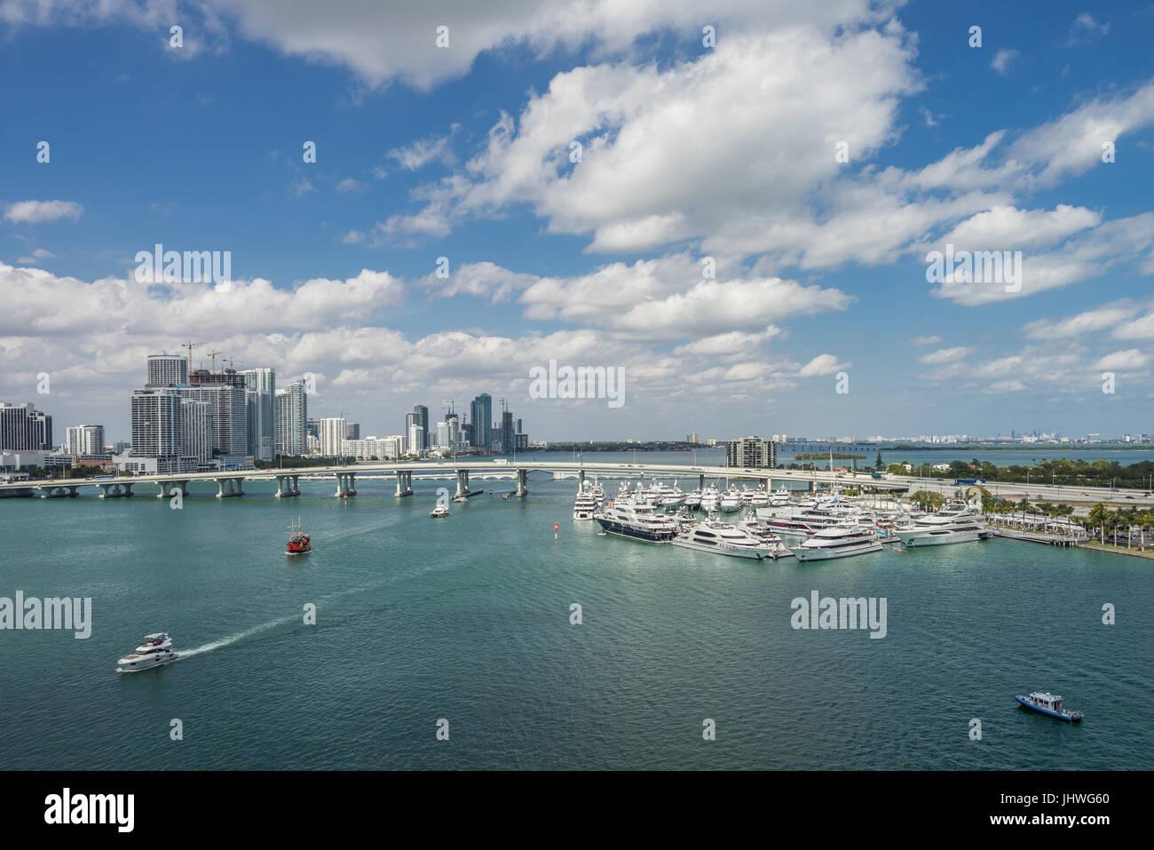 Miami aggancio