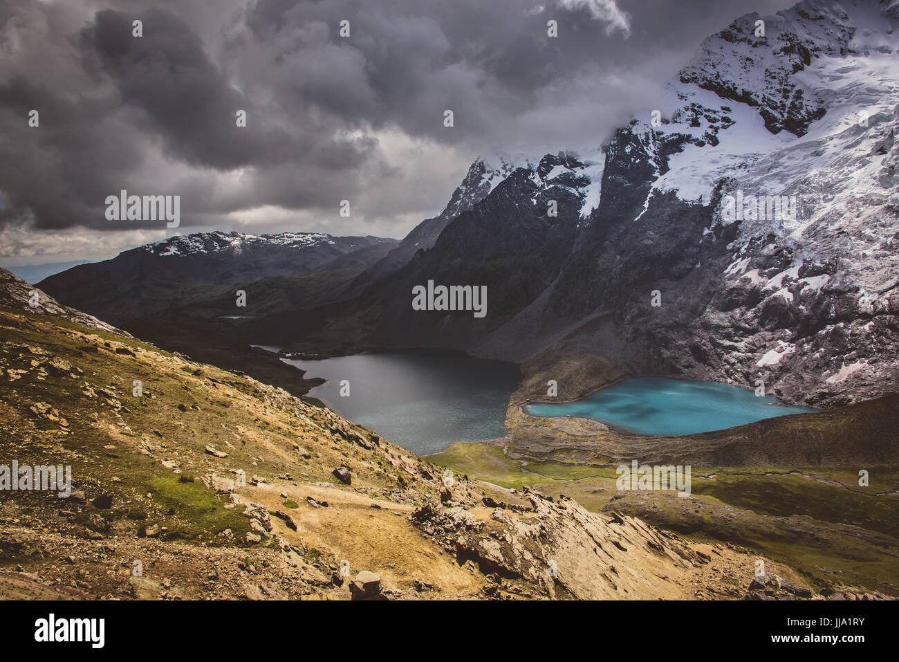 Ausangate glaciale gamma di montagna & laghi, Perù Immagini Stock