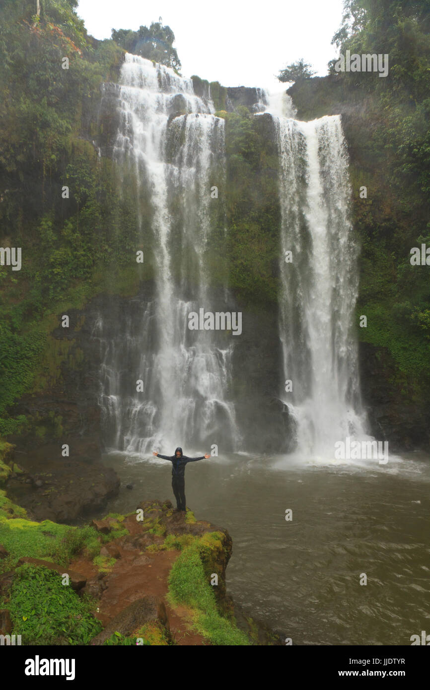 Paesaggio di Tad cascata della ventola Foto Stock