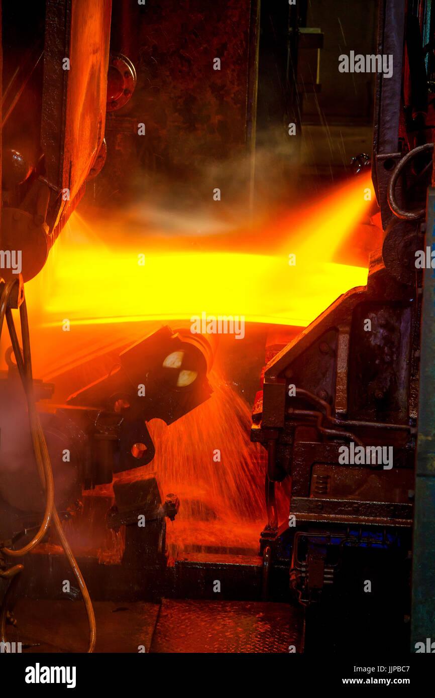 ThyssenKrupp opera di carpenteria metallica a Duisburg, la zona della Ruhr, Renania settentrionale-Vestfalia, in Immagini Stock