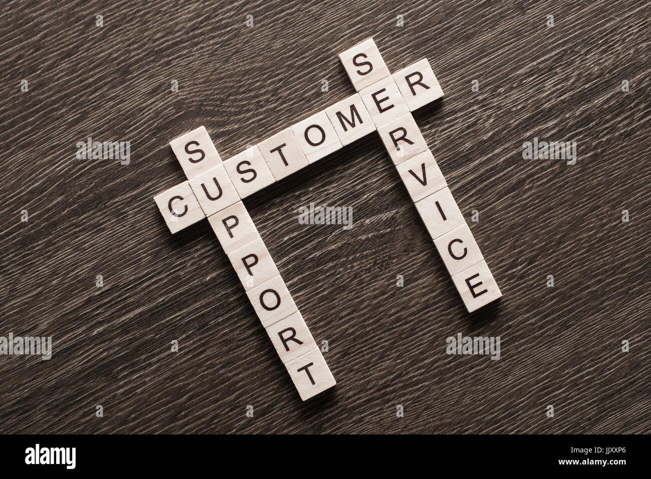 Parete Di Legno Cruciverba : Advertisement crossword immagini & advertisement crossword fotos