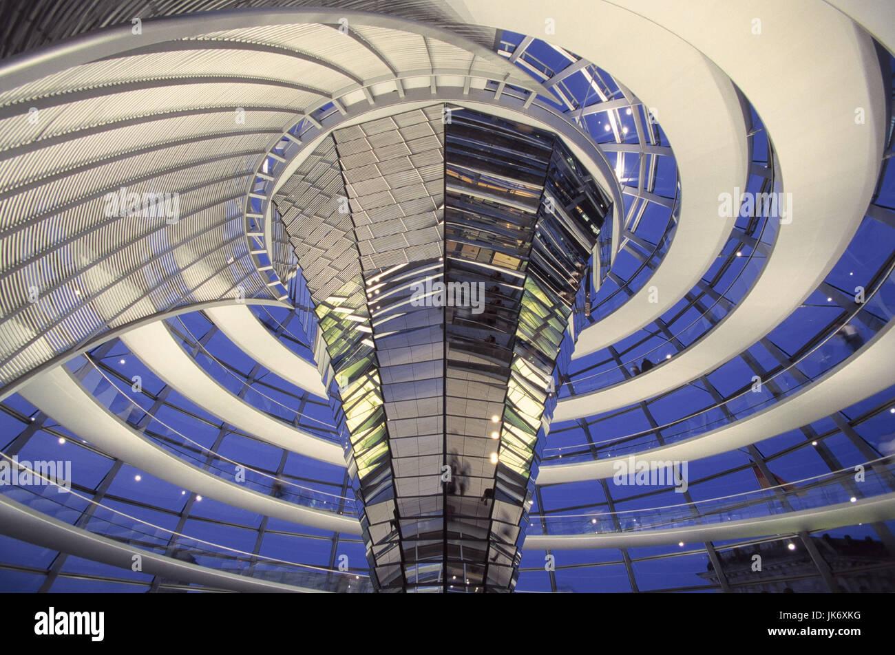 Deutschland, Berlino, Reichstag, Glaskuppel, Wendelgang, Besucher, dettaglio nur redaktionell Europa, Stadt, Hauptstadt, Immagini Stock