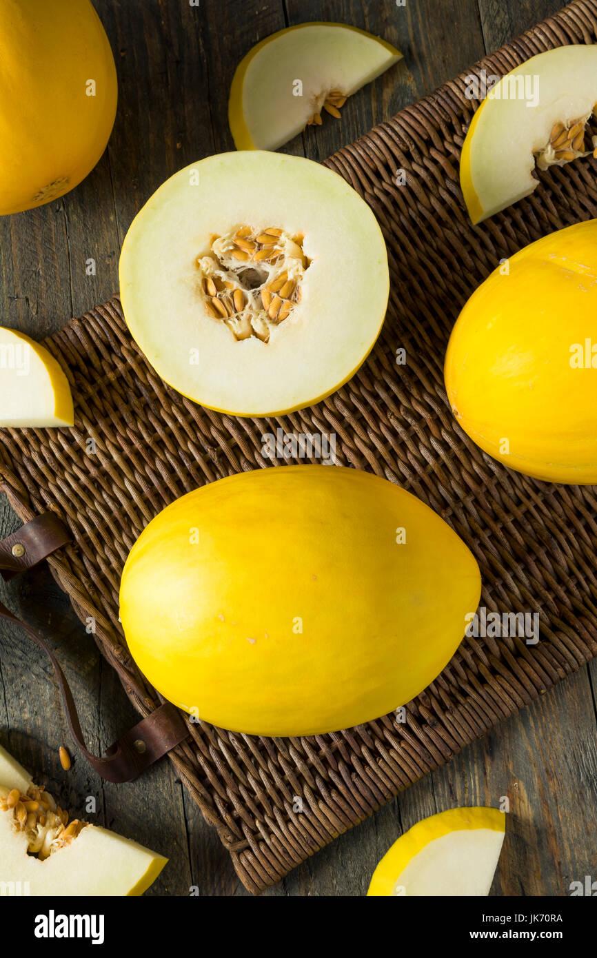 Materie organiche Honedew giallo melone pronto a mangiare Immagini Stock