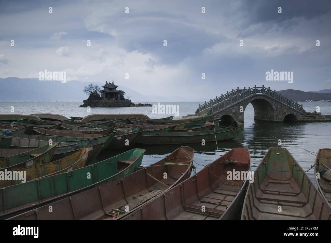 Cina, Provinz Yunnan, Wase, vedere, Herhai Hu, Ufer, Boote, Insel, Putuo, Brücke, Tempel, Foto Stock