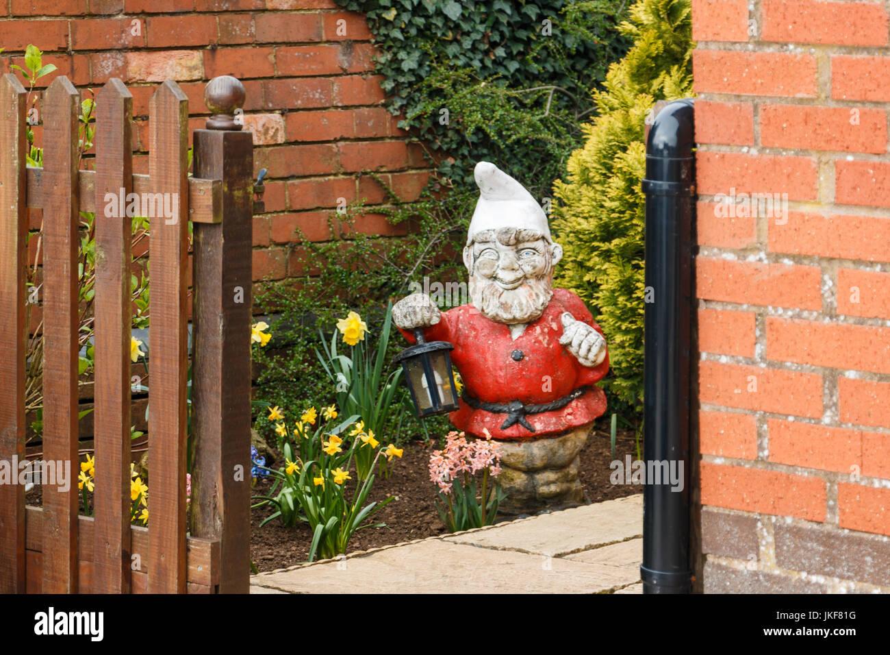 Garden Home Gnome Immagini Garden Home Gnome Fotos Stock Alamy