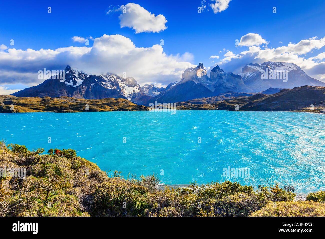 Parco Nazionale di Torres del Paine Cile. Lago Pehoe. Immagini Stock